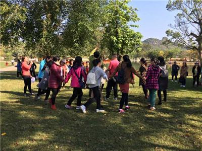 """贝博赞助西甲院工会组织 """"三八""""妇女节踏春郊游活动"""